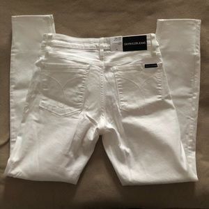 Calvin Klein Jeans mid rise skinny size 10